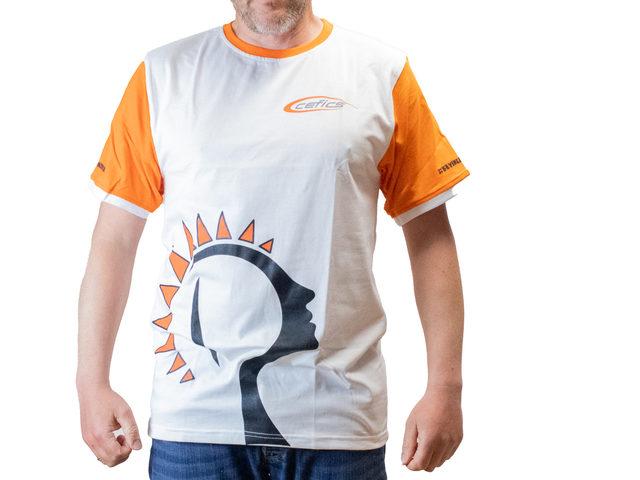 T-Shirts von Cefics