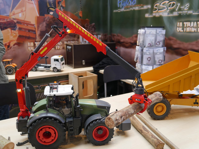 Forwarderkran bei Constructionzone-RC