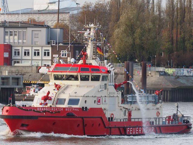 Schiffstaufe Feuerlöschschiff BRANDDIREKTOR WESTPHAL der Hamburger Feuerwehr