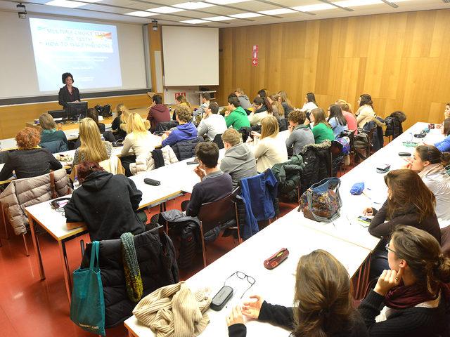 Medizinstudium in Österreich: Vorbereitung auf Auswahlverfahren