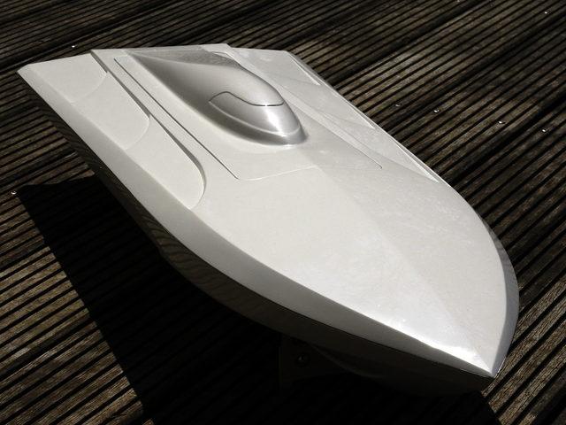 Mono- und FSR-Rennboot FIREBOLD von Hydro & Marine