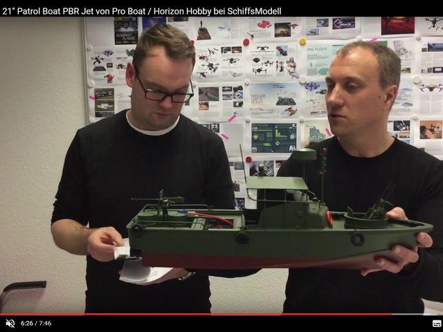 Unboxing des 21″ Patrol Boat von Horizon Hobby