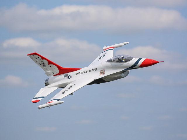 F-16 Thunderbirds von Horizon Hobby