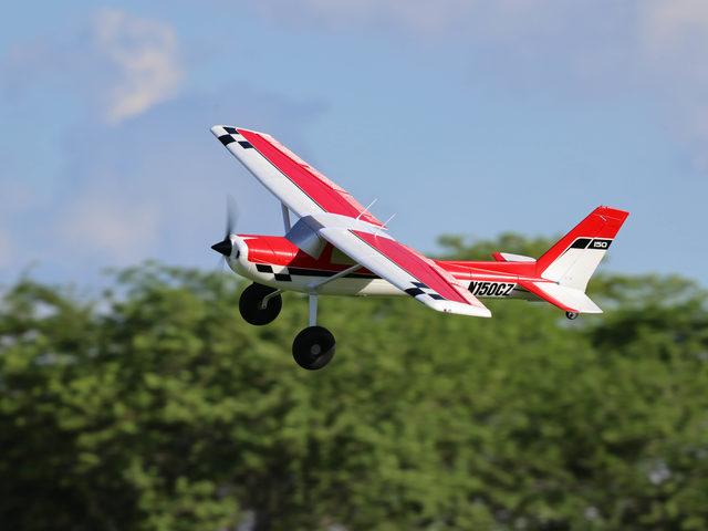 Carbon-Z Cessna 150T 2.1m von Horizon Hobby