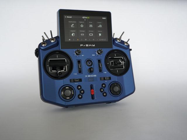 Video zu X20S Tandem von FrSky/Engel – neue Software ETHOS – Touchscreen – 2,4 GHz und 868 MHz
