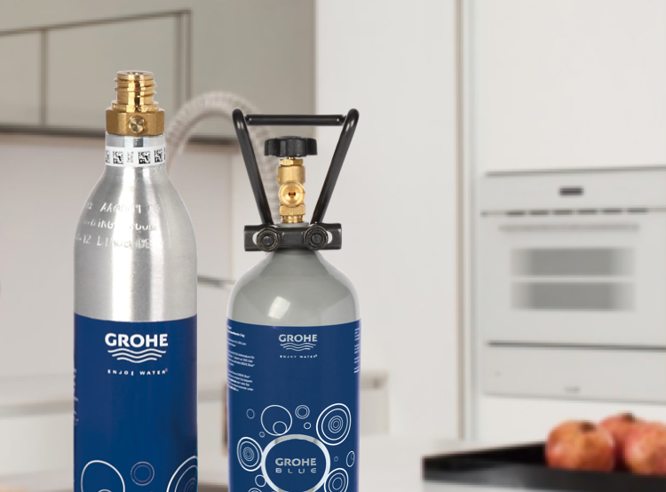 GROHE Blue® CO2 bottles