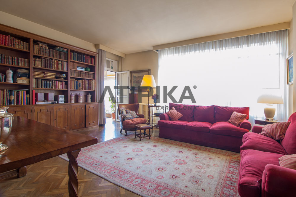 Cosy flat close to 'Avenida Diagonal'