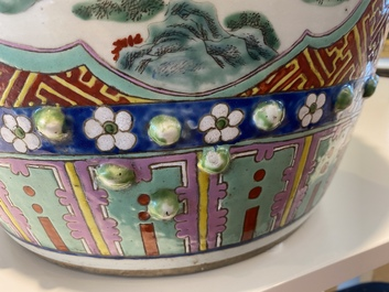 A Chinese famille rose garden seat with ladies on a terrace, 19th C.