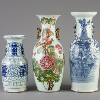 Three Chinese famille rose and blue and white vases, 19th/20th C.