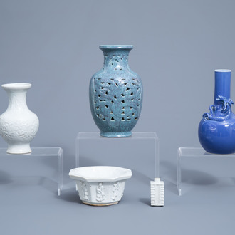 A varied collection of Chinese monochrome porcelain wares, 19th/20th C.