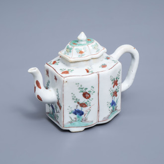 A lobed Chinese famille verte teapot and cover with floral design, Kangxi