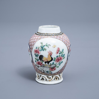 A Chinese famille rose 'rooster' tea caddy, Yongzheng
