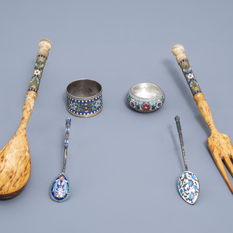 A varied collection of enamelled Russian silver (a.o. Sasikov), 20th C.