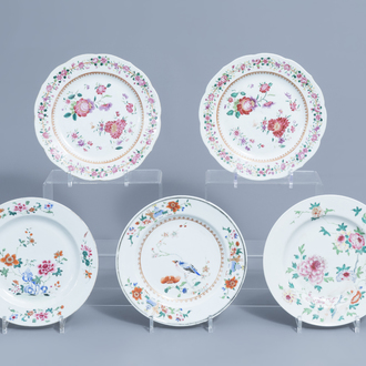Five Chinese famille rose plates with floral design , Qianlong