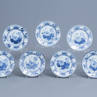Seven Chinese blue and white plates with lotus flowers, Yongzheng/Qianlong