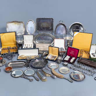 A varied and extensive collection of mainly silver plated and silver table objects, various origins, 19th/20th C.