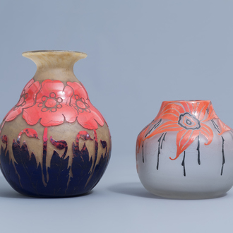 Two French cameo glass Art Deco vases with floral design, marked Degué and Legras, 20th C.
