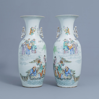 A pair of Chinese famille rose double design vases, 19th/20th C.