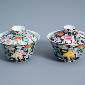 A pair of Chinese famille rose 'millefleurs' bowls and covers, 19th/20th C.