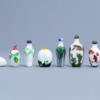Eight Chinese overlay glass snuff bottles, 20th C.