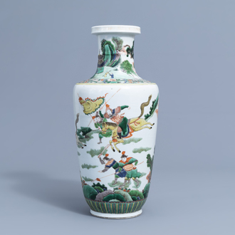 A Chinese famille verte 'warrior' vase, 19th/20th C.