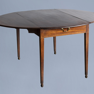 A George III mahogany drop-leaf pembroke table with a drawer to one end, 18th C.