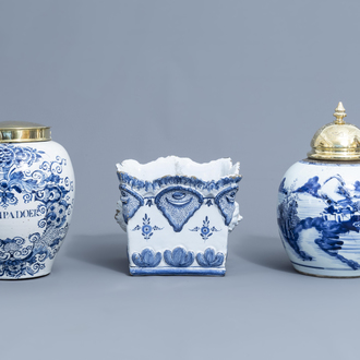 A Dutch Delft blue and white tobacco jar, a French jardinière and a Chinese ginger jar, 18th C.
