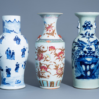 Two various Chinese blue and white vases and a famille rose vase with floral design, 19th/20thC