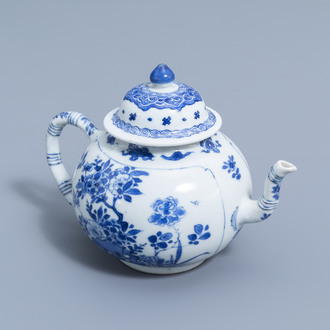 A fine Chinese blue and white teapot and cover with antiquities and floral design, Kangxi