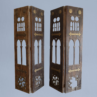 A pair of French Gothic Revival wooden doors, first half of the 20th C.