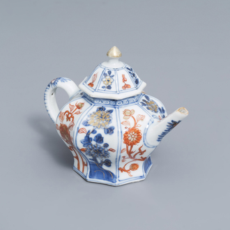 A Chinese octagonal Imari style teapot and cover with floral design, Kangxi
