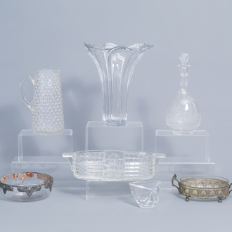An interesting and varied collection clear glass and crystal items, a.o. Val Saint Lambert and Art Vannes, ca. 1800. and later