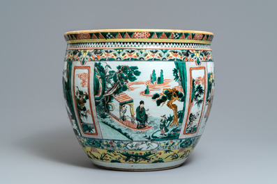 A Chinese famille verte 'immortals' fish bowl, 19th C.