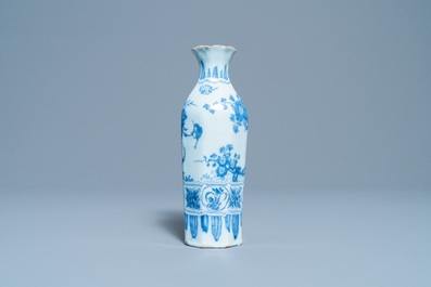 An octagonal Dutch Delft blue and white chinoiserie vase, late 17th C.