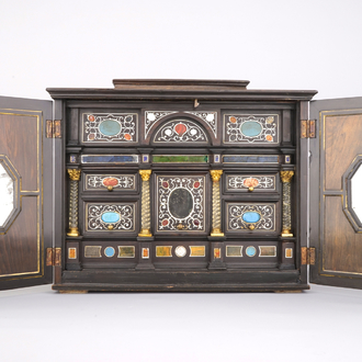 A table cabinet with precious stones, Italy, 19th C.