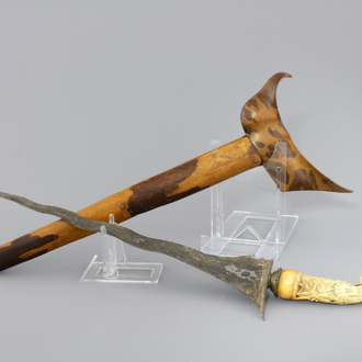 A fine Indonesian keris with a carved ivory handle, 19th C.