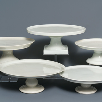 Five large monochrome white French porcelain tazza, 19th C.