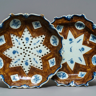 A Dutch Delft blue and white 'capucin brown ground' strainer on stand, 18th C.