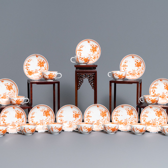 Twelve Meissen porcelain 'Indian Red' cups and saucers, 18/19th C.