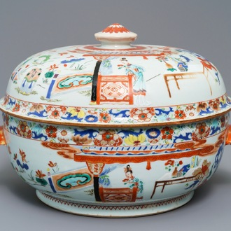 A round Chinese famille verte tureen and cover with ladies in a landscape, Yongzheng