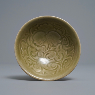 A Chinese yaozhou celadon bowl with floral design, Song