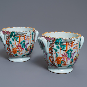 A pair of Chinese famille rose 'Mandarin' wine coolers, Qianlong