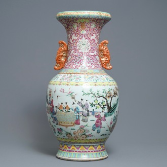 A large Chinese famille rose vase, 19th C.