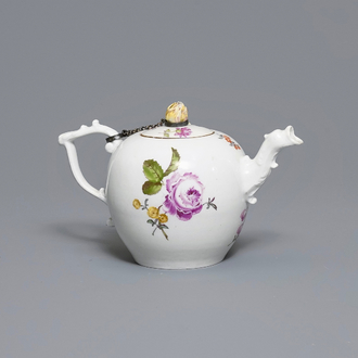 A Meissen porcelain teapot and cover with floral design, Germany, 18th C.