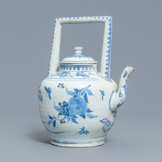 A large Chinese blue and white 'insects and flower sprigs' teapot and cover, Hatcher cargo shipwreck, Transitional period