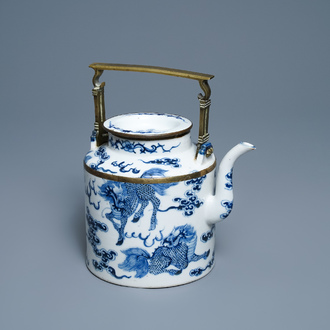 A large Chinese blue and white Vietnamese market 'Bleu de Hue' teapot with qilins, 19th C.