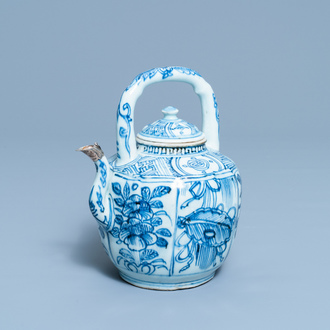 A Chinese blue and white wine ewer and cover, Wanli