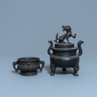 Two Chinese bronze censers, Qing