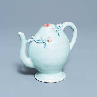 A Chinese copper red and blue celadon-ground peach-shaped cadogan teapot, 18/19th C.