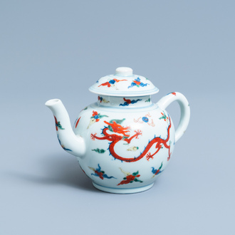 A Chinese wucai 'dragon' teapot and cover, Republic